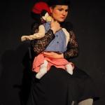 """Die Mutter mit Kind in """"6 Personen suchen einen Autor"""" von Luigi Pirandello"""